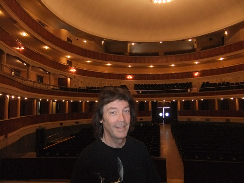 Steve inside the Theatro Comunale