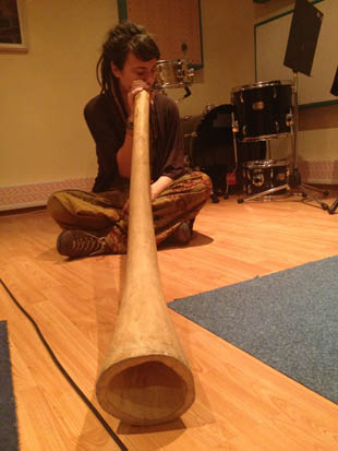 Sara on didgeridoo