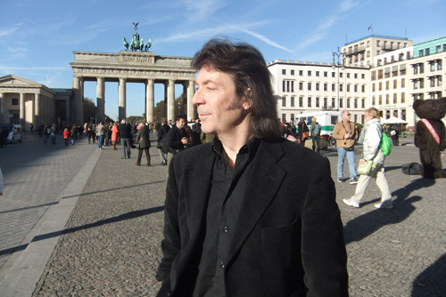 Steve in front of the Brandenburg Gate, Berlin