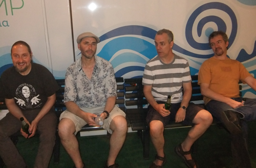 Lee, Rob, Roger and Gary relax after the Turin show