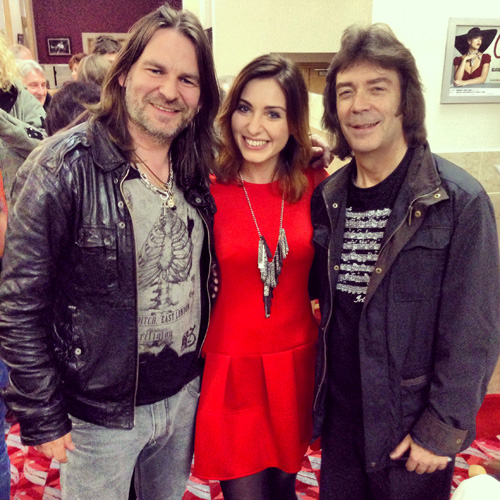 Steve, Ray Wilson and Alicja Chrzaszcz, violinist in Ray's shows