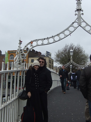 Steve with Jo on footbridge, Dublin