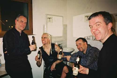 Roger, Nick, Rob, and Gary backstage, Schio