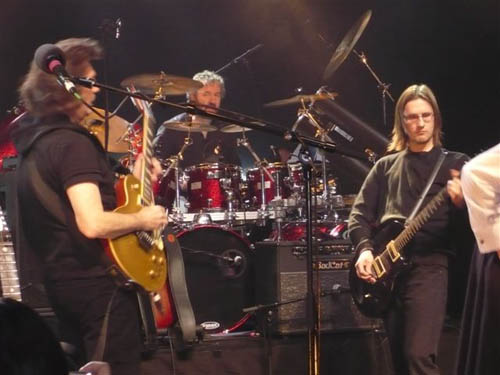 Steve Hackett with special guest Steven Wilson at London's Shepherds Bush Empire, 2010