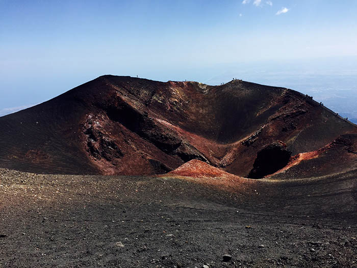 The burnt earth - crater on Etna