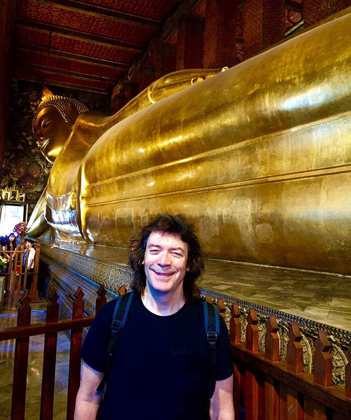 Steve with the giant golden reclining Buddha, Wat Pho