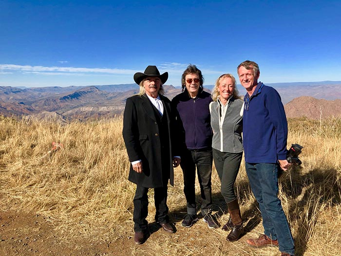 Johnny, Steve, Leigh and Franck in the mountains of Arizona