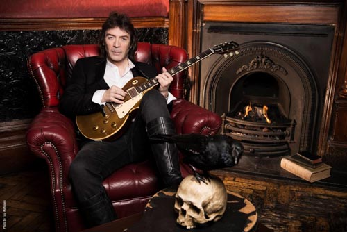Steve Hackett's The Wheels Turning lyric video launched!