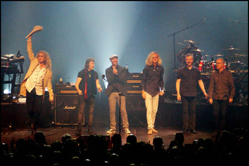 Steve Hackett band at Brussels show